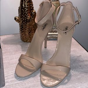{Mossimo} Heels Size 9.5